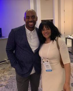 Mary Casanova with lung cancer advocate Chris Draft